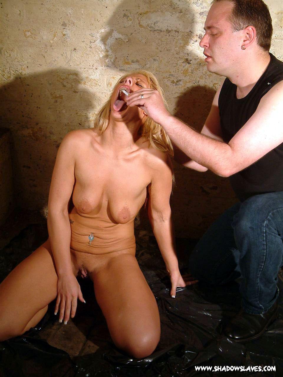 Фото унижения секс рабов